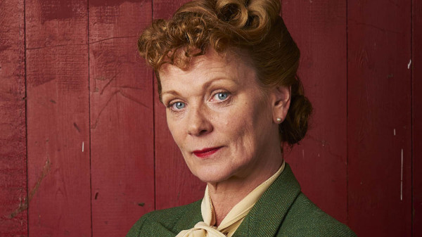 ITV STUDIOS PRESENTS HOME FIRES SERIES 2 Pictured: SAMANTHA BOND as Frances. This image is the copyright of ITV and must only be used in relation to HOME FIRES SERIES 2.